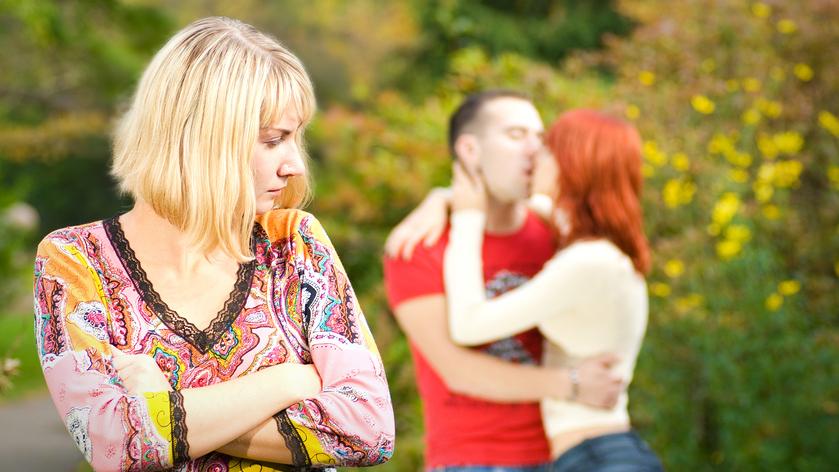 Ученые определили наиболее вероятный возраст супружеской неверности