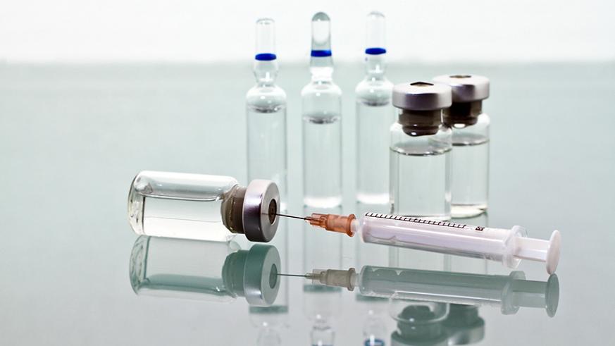 прививка в игры
