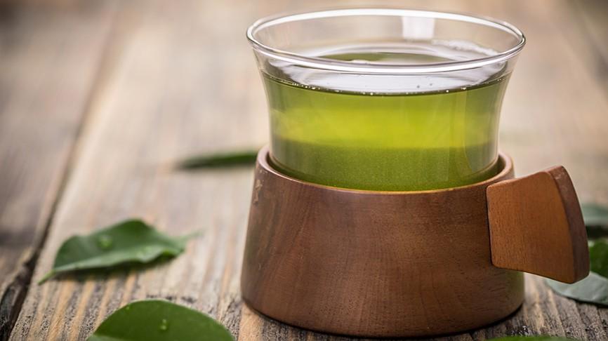 Помогает ли зеленый чай похудеть и убрать жир с