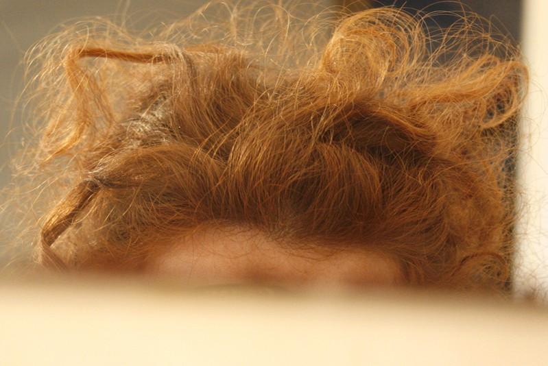 Как сделать из мягких волос жёсткие