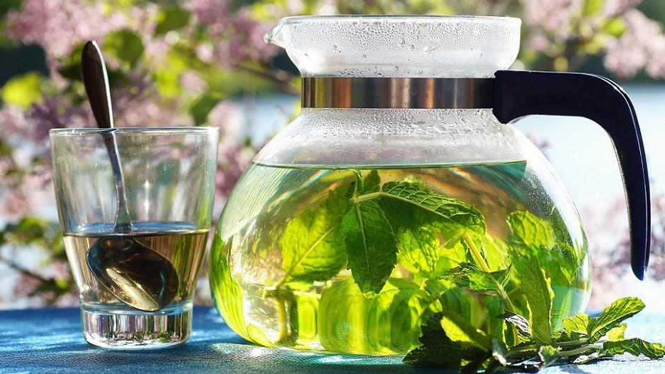 Зеленый чай помогает похудеть.